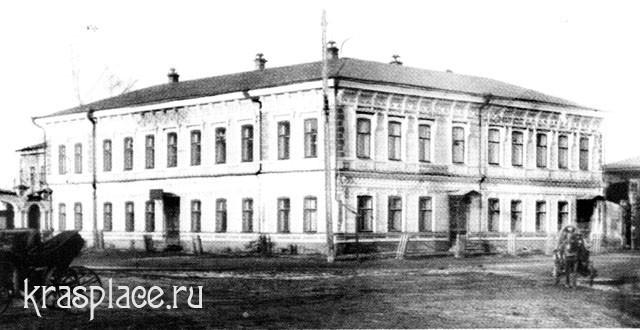 Дом В.Т.Гадалова