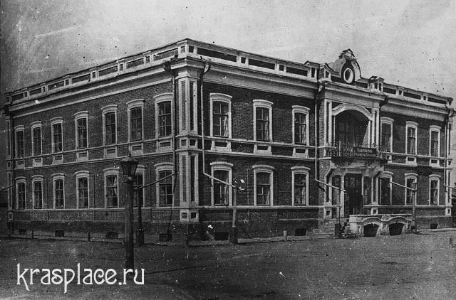 Здание Енисейского губернского правления