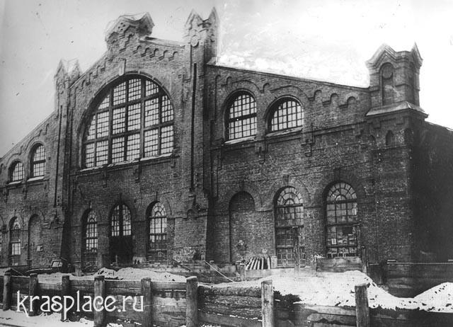 Здание железнодорожных мастерских