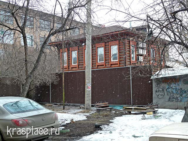Дом по улице Декабристов, 16. 2011 год