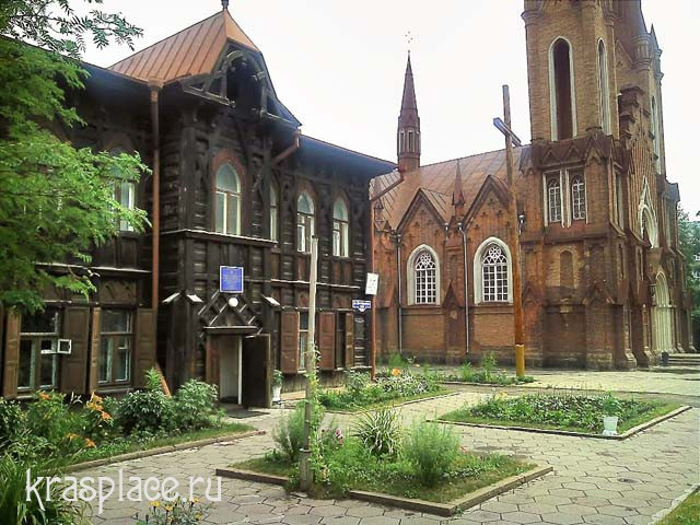 Католический костел и дом ксендза 2012 гг