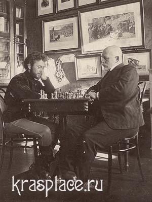 Справа сидит Саввиных А.А., слева Б.Л. Панов 1909. Фото из архива ККМ