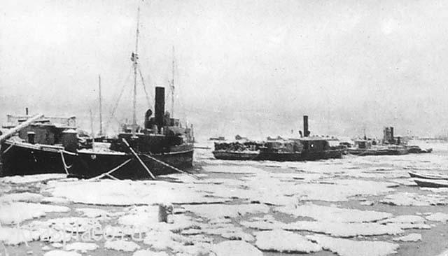 Зимовка судов в затоне