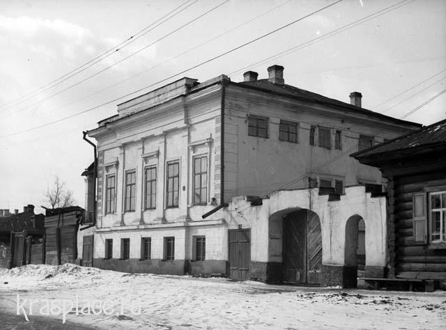 Каменный дом Крутовских