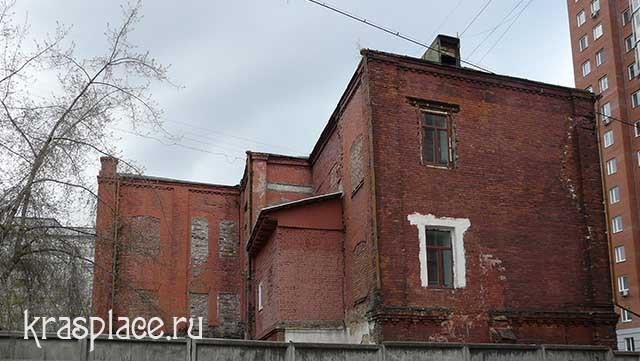 Северный фасад дома Ковского